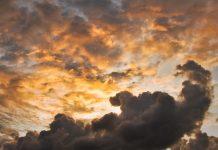 awan tutupi matahari