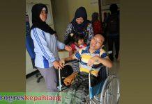 Kursi roda disabilitas