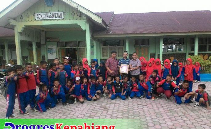 Guru SDN 03 Kabawetan