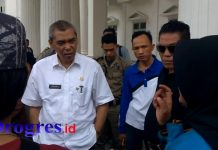 Protes PKL di Kantor Bupati