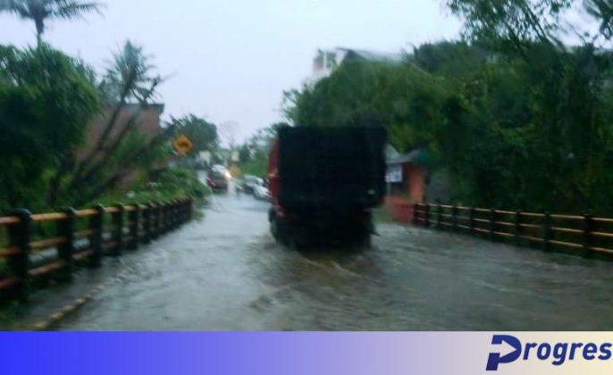 Banjir ruas jalan kepahiang