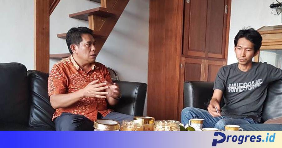 Ujang Pupuk dan jurnalis Progres.id