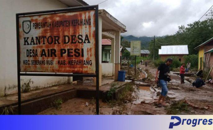 Banjir di Desa Air Pesi