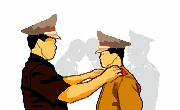 Ilustrasi pengangkatan perwira