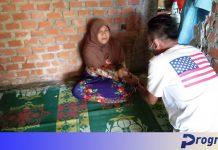 PWI Peduli Kabupaten Kepahiang memberikan bantuan sosial